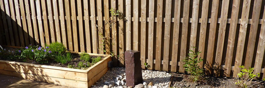 vertical wooden Fence